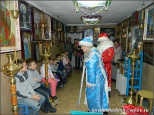 Дед Мороз в православном храме