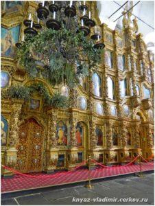 Часть иконостаса Воскресенского Войскового собора